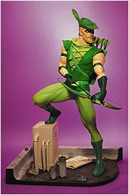 green_arrow_statue.jpg