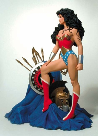 wonder_woman_bolland_statue.jpg
